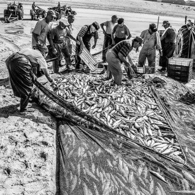 Fischer an der Praia da Mira